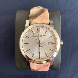 Burberry Heritage Nova Check Beige Nylon & Leather